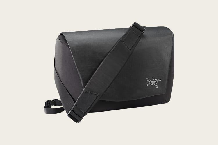 Arc'teryx FYX 9 Messenger Bag