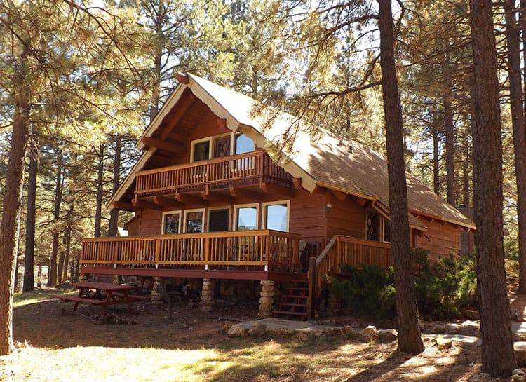 Arizona Mountain Inn & Cabins