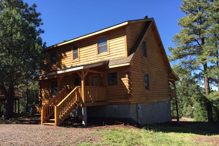 15 Amazingly Cozy Cabin Rentals in Williams, Arizona • Territory Supply