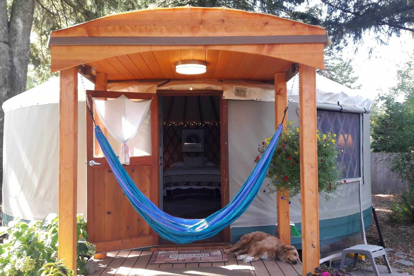 garden home backyard yurt