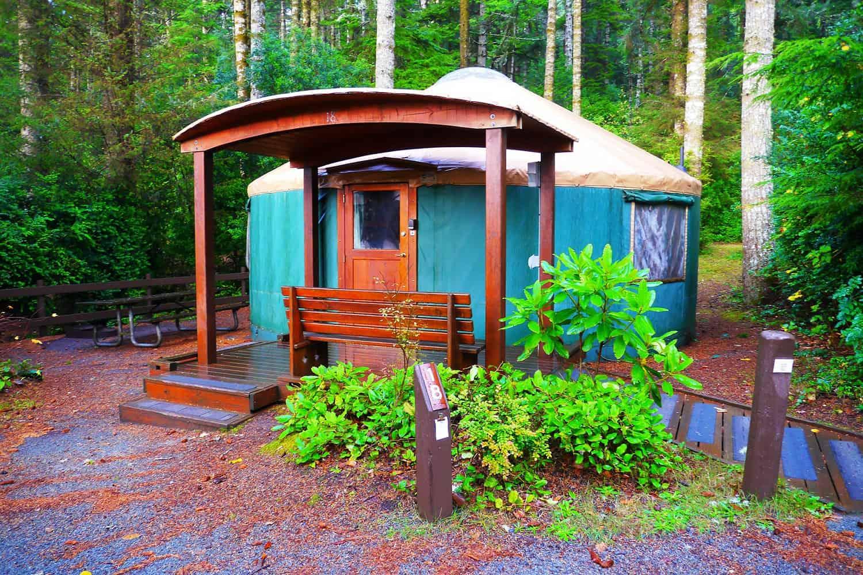 10 Spectacular Yurt Camping Rentals In Oregon Territory