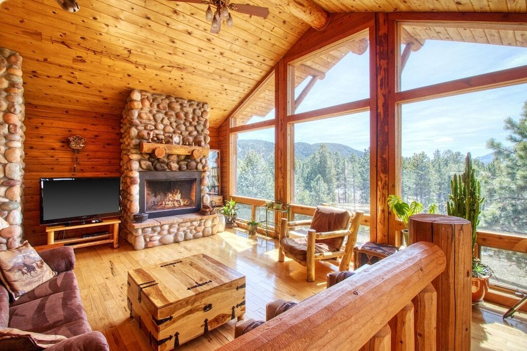 secluded cabin on 10 acres