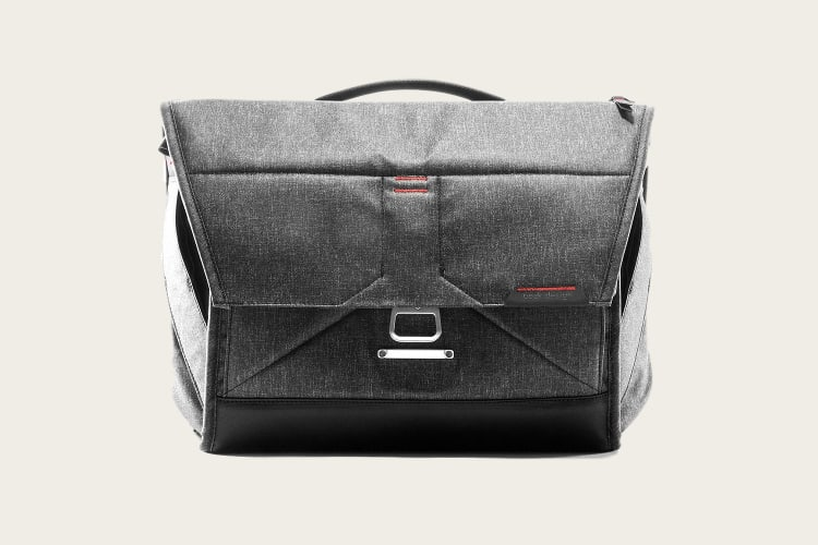 peak messenger bag