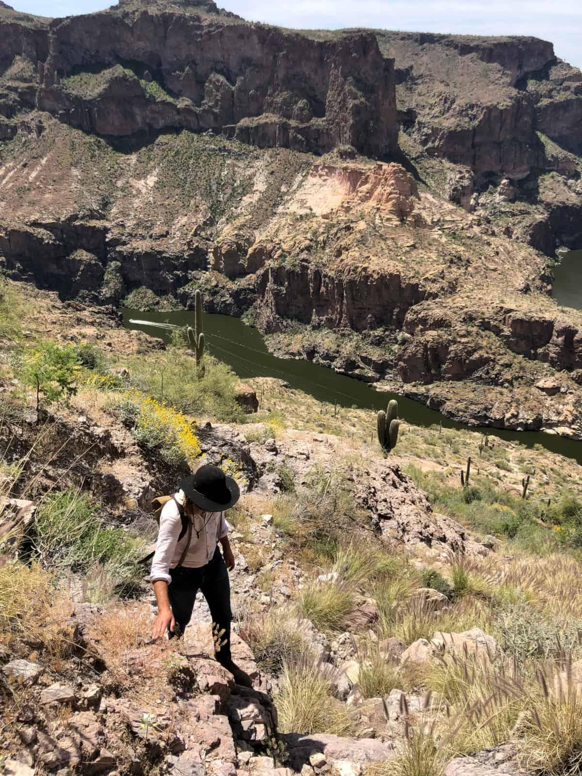 skeleton cave hike az