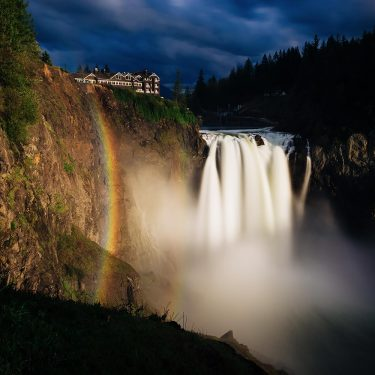 best waterfall hikes washington