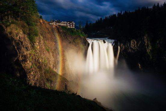 best waterfall hikes washington