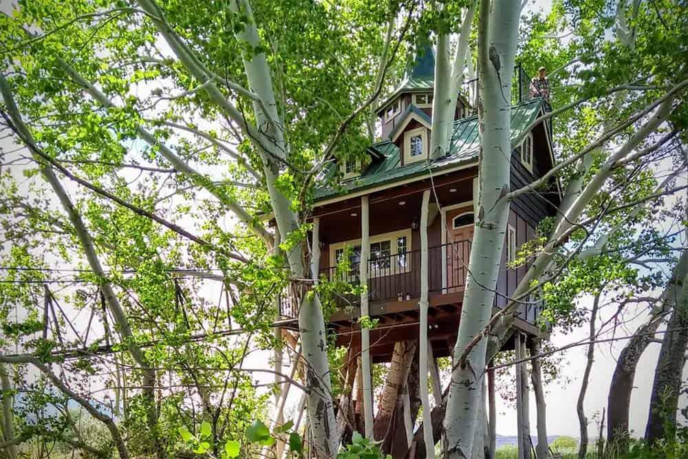 fantasy treehouse utah airbnb