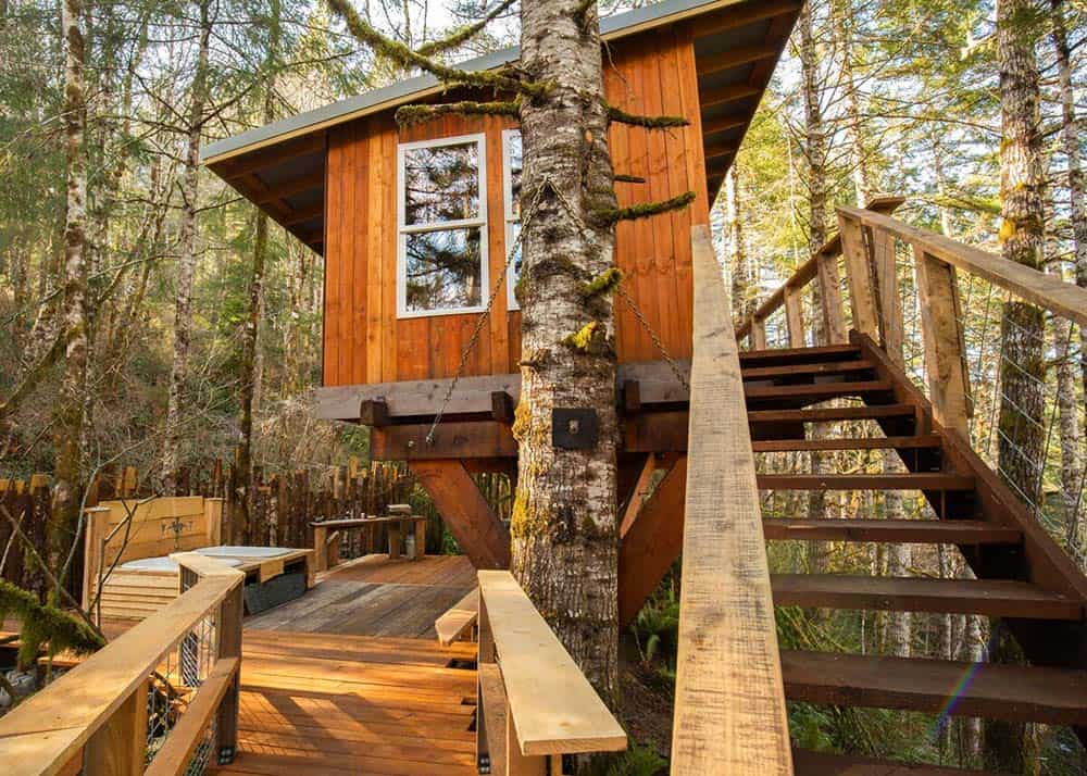 langlois oregon treehouse rental