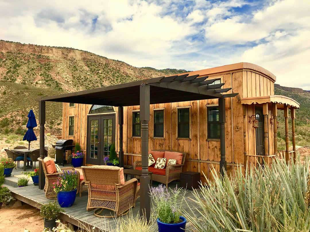 utah airbnbs - ark tiny home