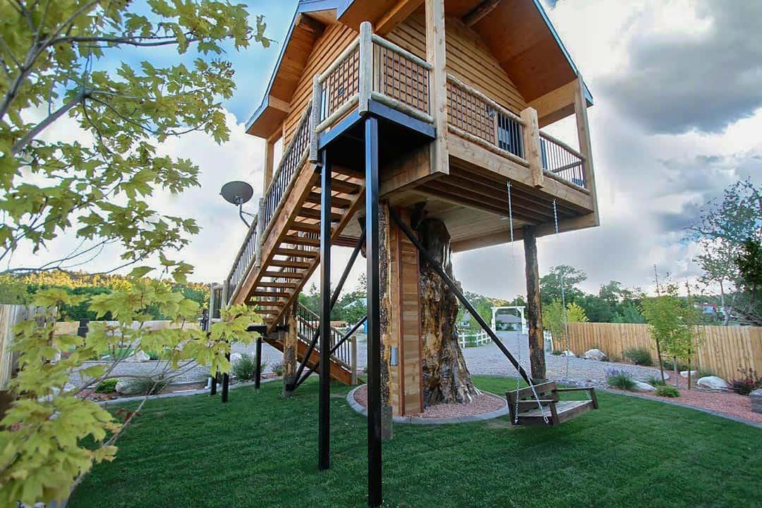 utah airbnbs - treehouse east zion