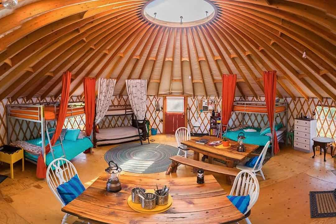 utah airbnbs - zion backcountry yurt