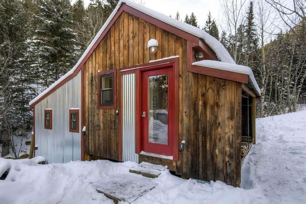 Claim Jumper Creekside Cabin