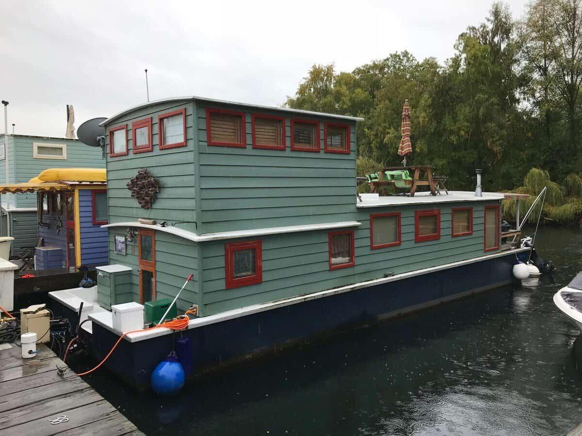 cabin seattle houseboat