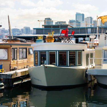 romantic houseboat rentals seattle