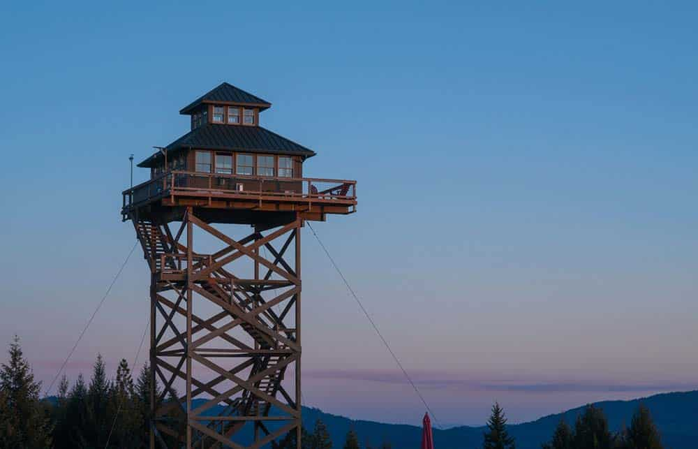 off the grid firelookout airbnb