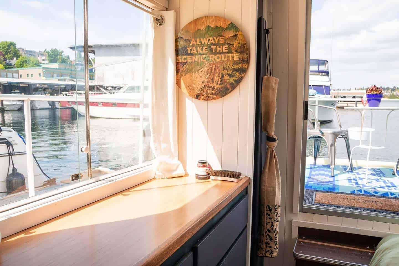 radish houseboat