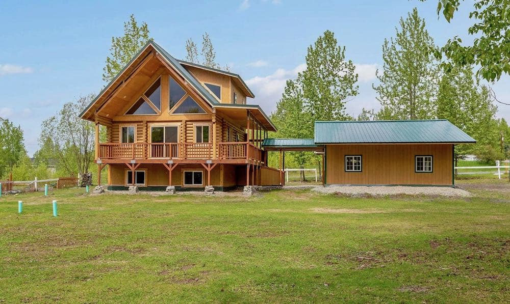 Birchwood Log Home in Anchorage Alaska