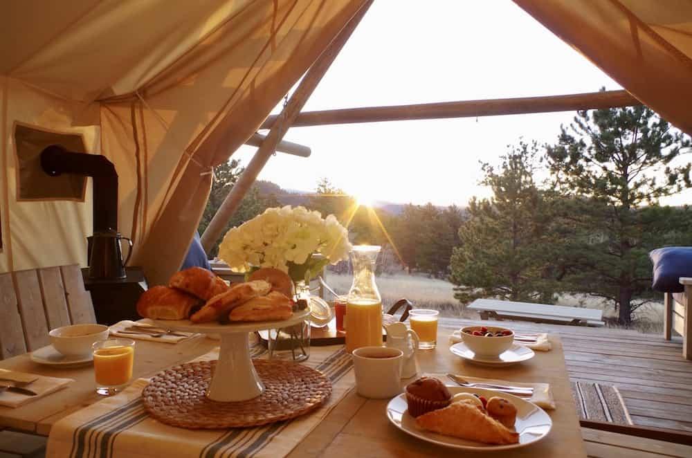 Breakfast at Black Tree Resort