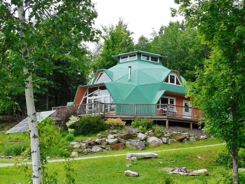 Solar Geodesic Dome in Vermont