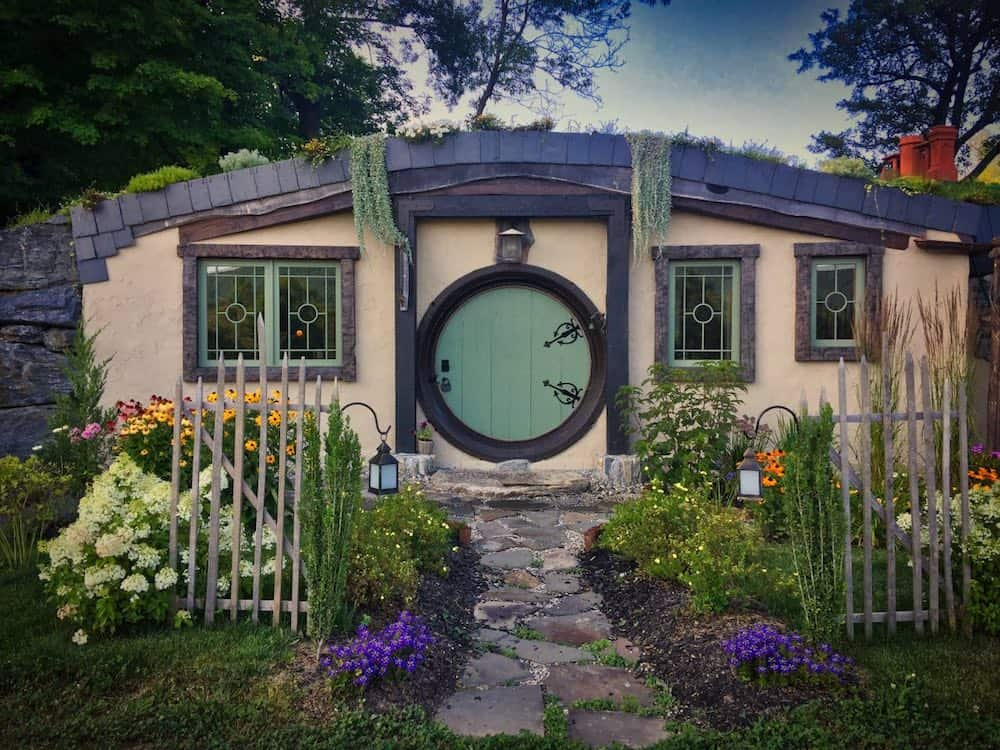 The Hill Hobbit House Airbnb in Vermont