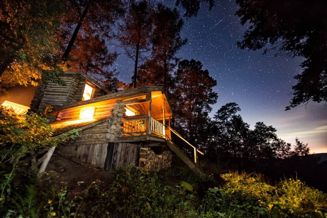 Off-the-grid cabin in Vermont