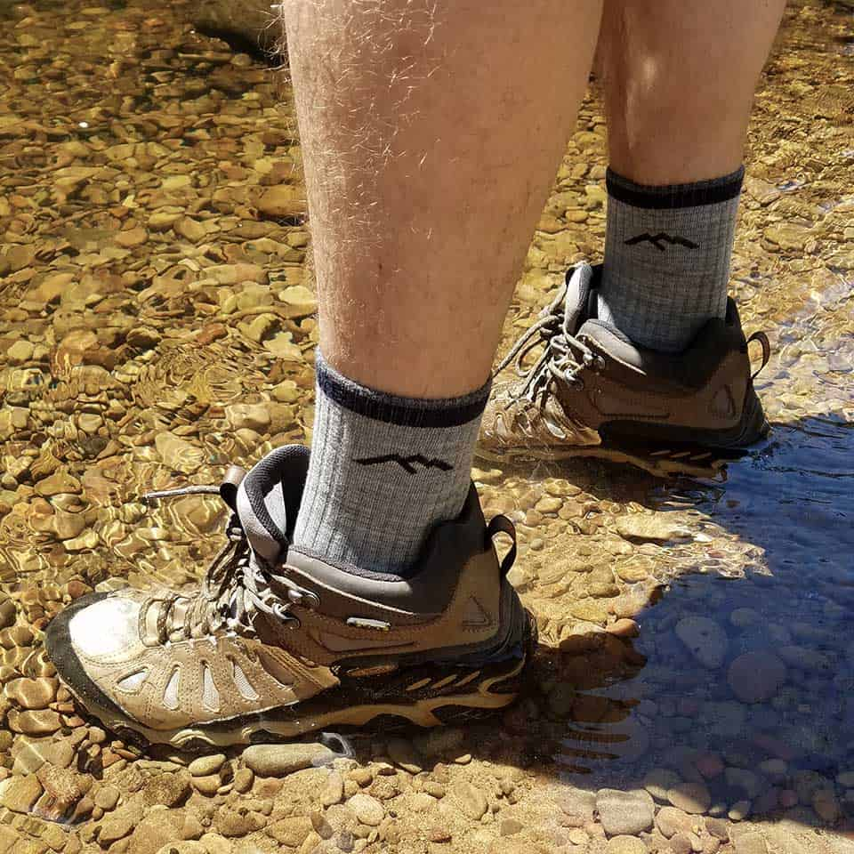 darn tough hiker cushion socks details