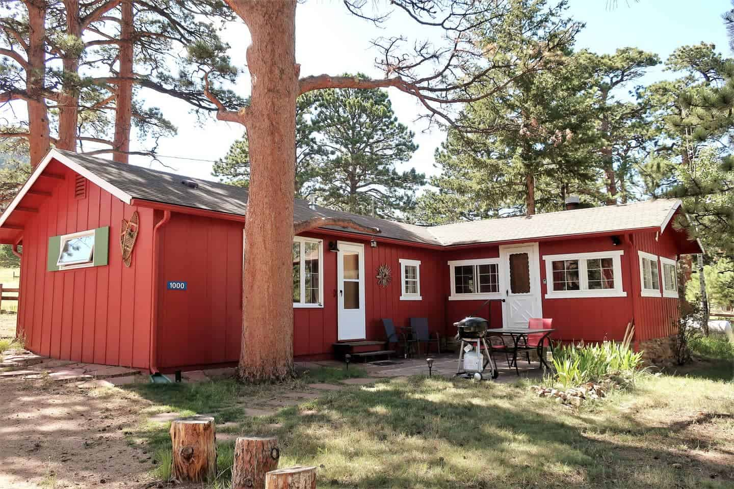 little red cabin estes park