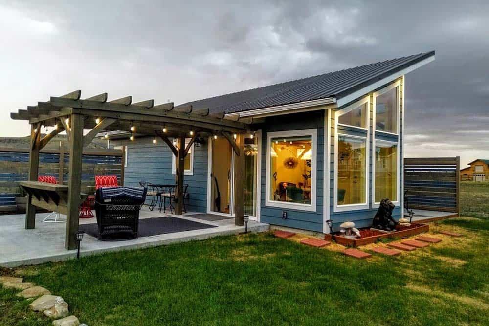 modern little house on prairie airbnb