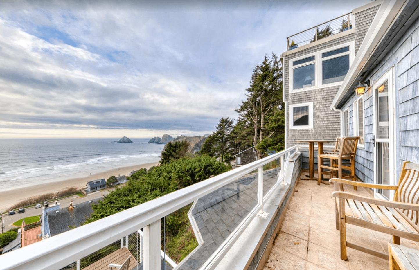 Berni's Ocean View Castle