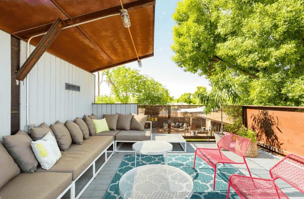 Midtown-Guest-Home-with-Rooftop-Deck