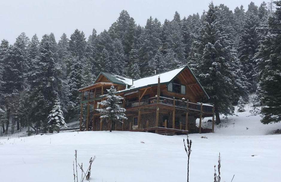Livin Hi Lodge