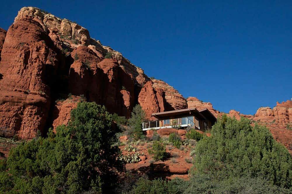 chapel casa airbnb sedona