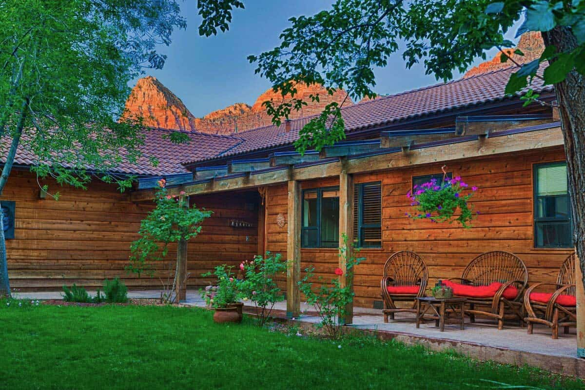nama stay airbnb zion np