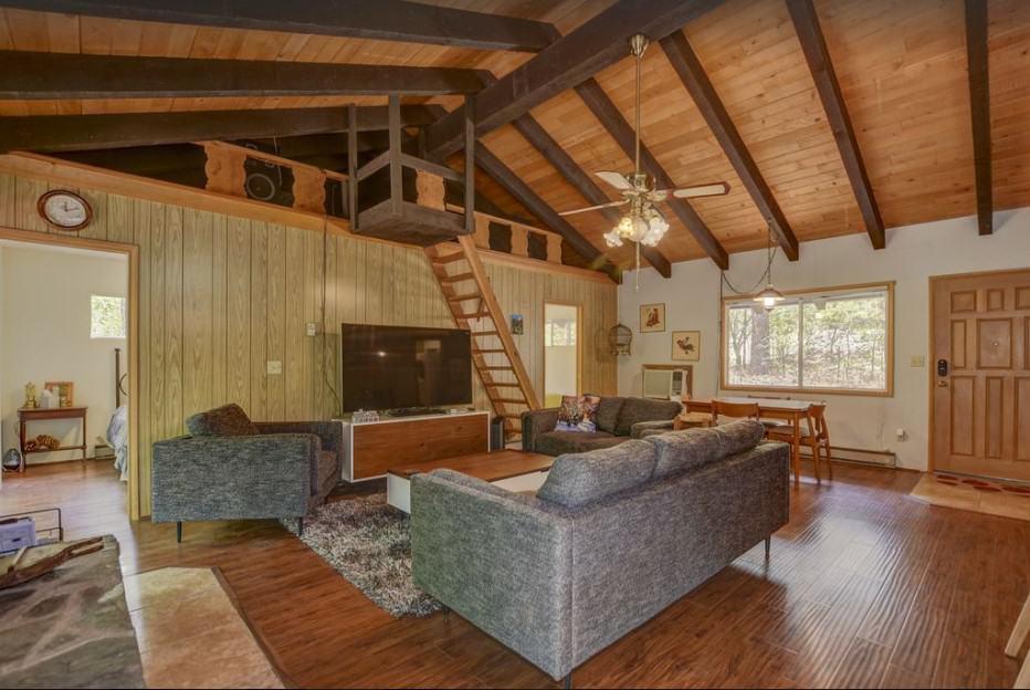 Groom Creek Cabin