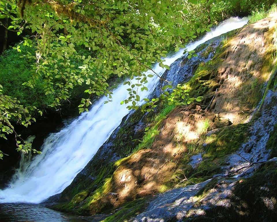 green peak falls oregon