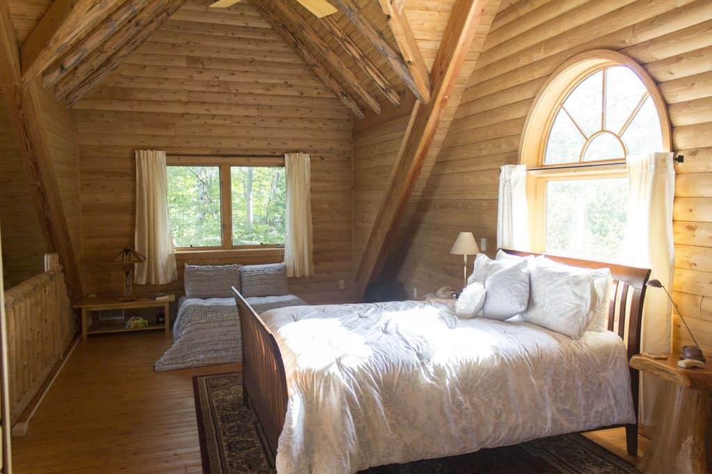 Lake Superior Log Home