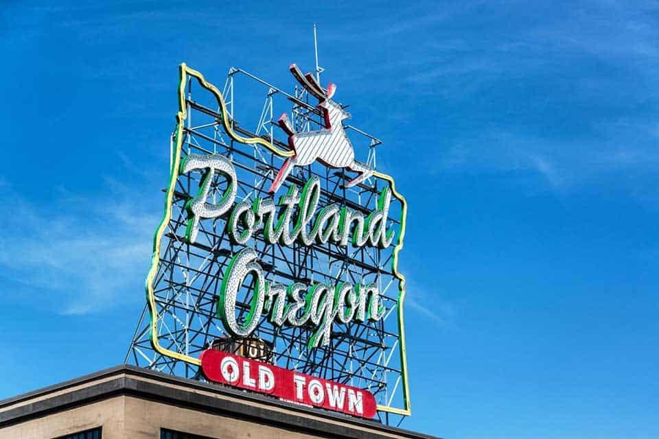 Seattle road trip to portland