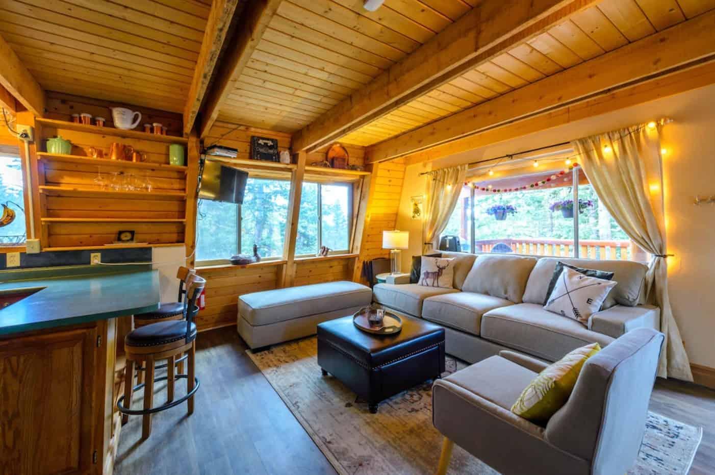 cozy duck creek cabin
