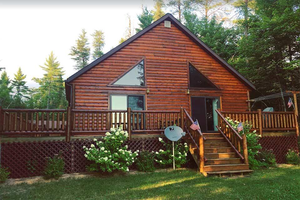 upper peninsula cabin rentals