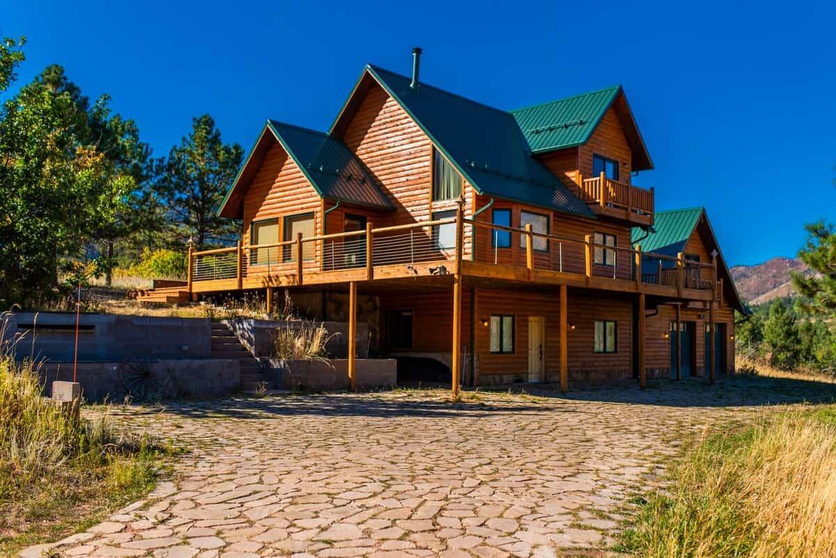 Cascade Mountain Retreat