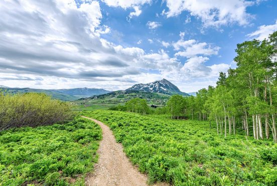 best hikes crested butte colorado