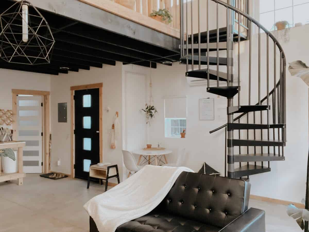 208Studio + Minimalist style studio idaho