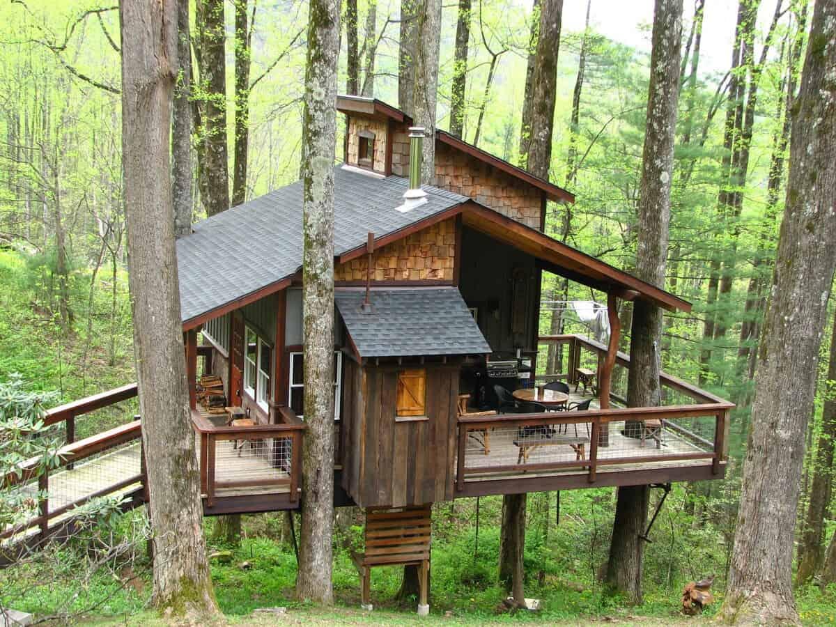 Blueridge Parkway Treehouse nc