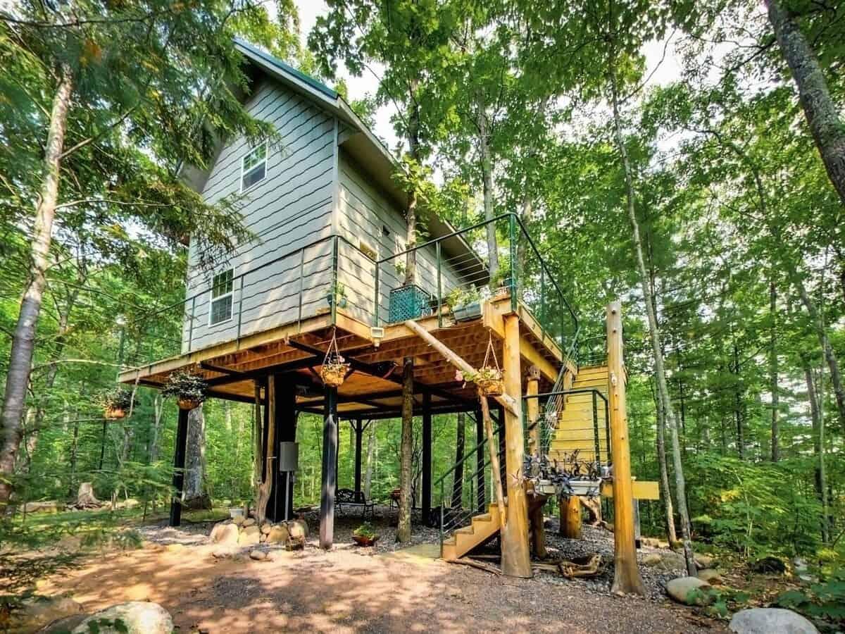 Boulder Ridge Treehouse