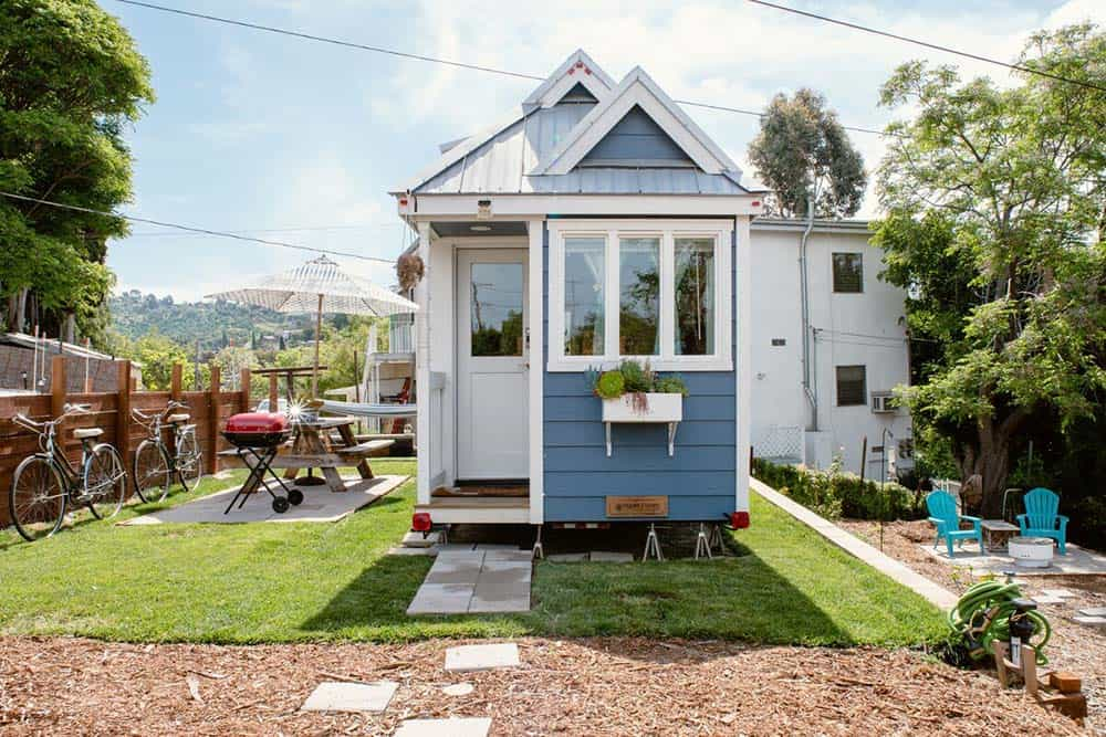 LA tiny home airbnb rental