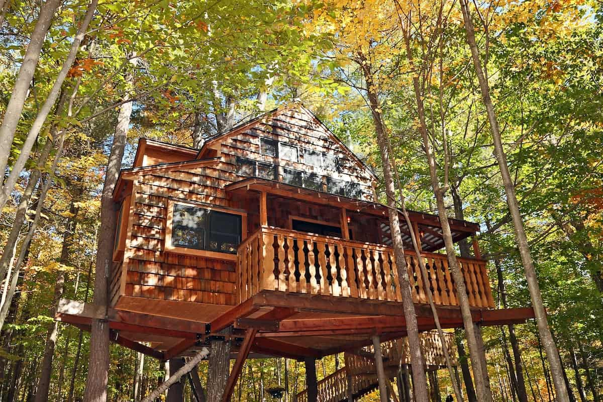 New Hampshire treehouse