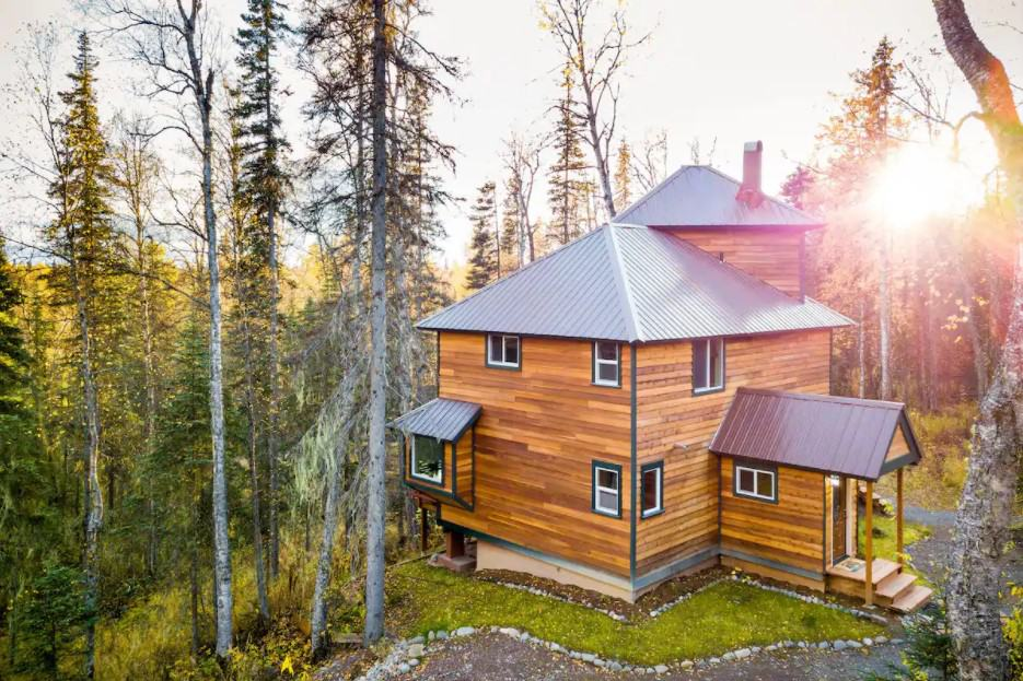 Oakley Secluded Alaska Cabin