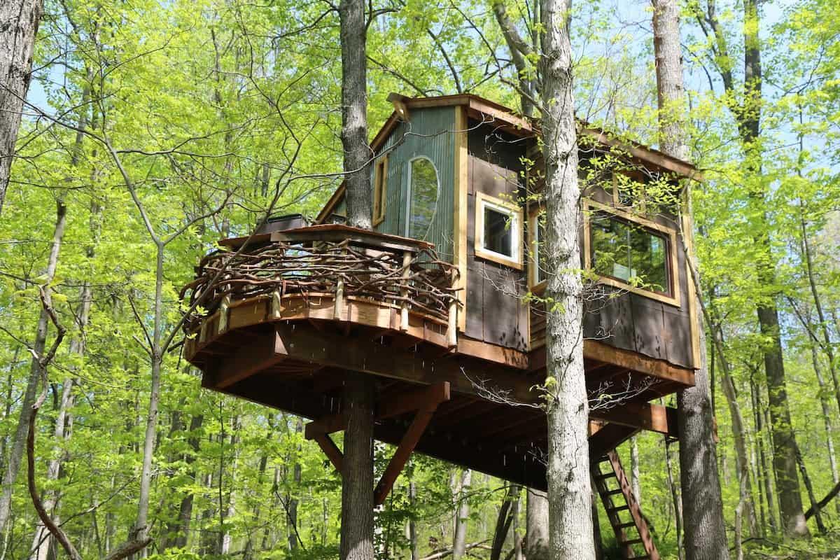 Trillium Treehouse airbnb