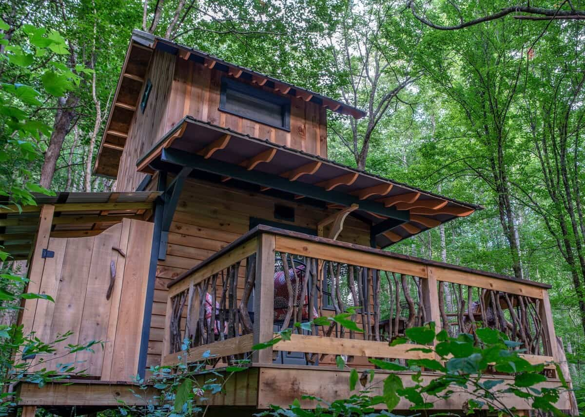 Woodland Chalet Treehouse