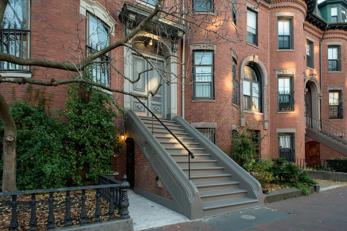 boston south end brownstone airbnb rental